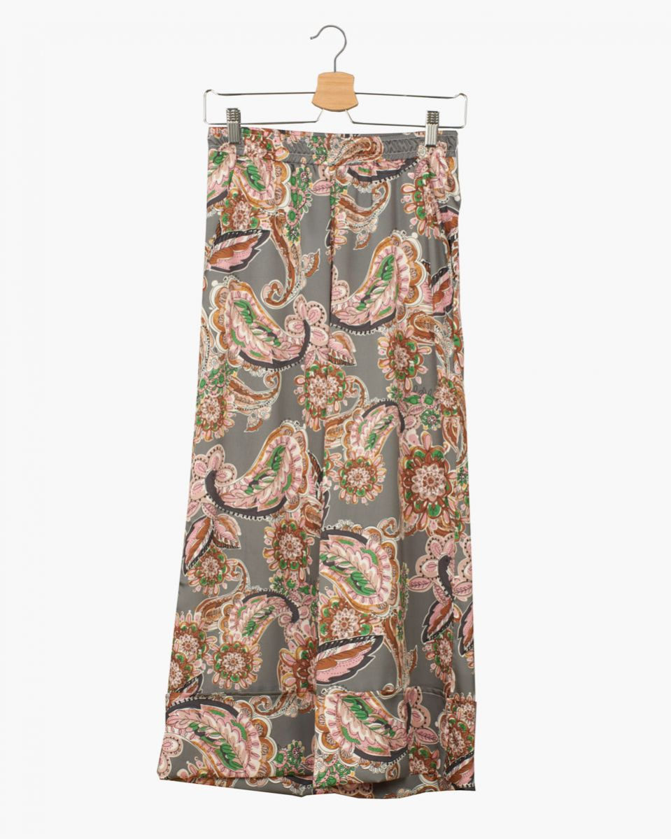 Pantalone gaucho fondo sotto raso fantasia
