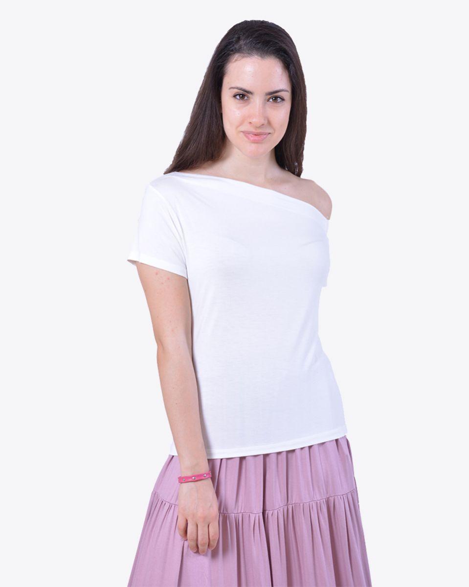 T-shirt spalle asimmetriche
